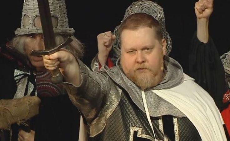 Reżyser podkreślił, że musicalowa historia Krzyżaków jest historią opowiedziana na nowo