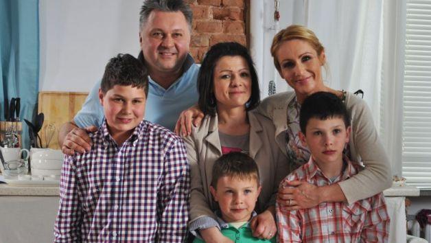 Pani Agnieszka z synami w magicznej kuchni Roberta Sowy