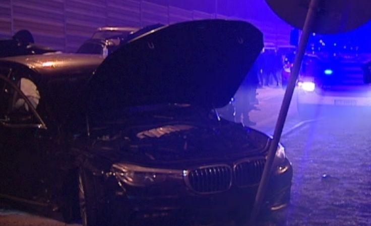 W wypadku uczestniczyła m.in. limuzyna BMW, która jechał Antoni Macieerewicz