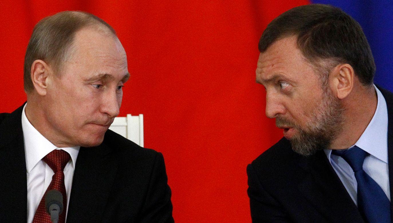 Władimir Putin i Oleg Deripaska (fot. REUTERS/Sergei Karpukhin)