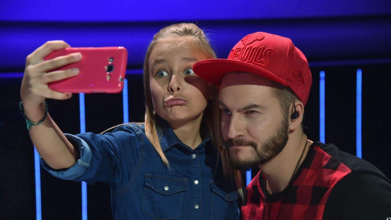 W przedostatnim odcinku był czas na zrobienie pamiątkowych zdjęć (fot. I. Sobieszczuk/TVP)