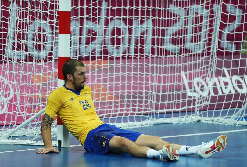 Fredrik Petersen był załamany po finałowym meczu z Francją (fot. Getty Images)