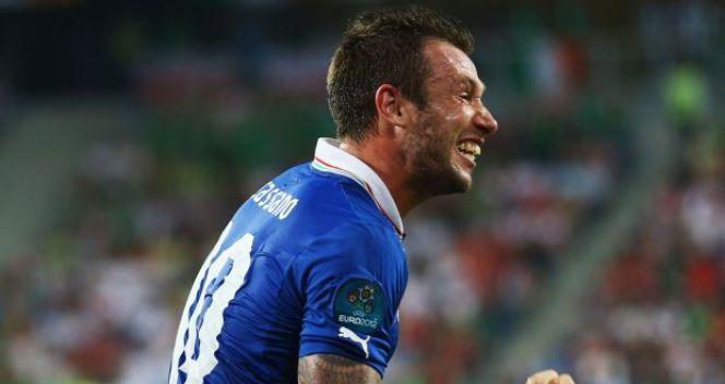 Antonio Cassano w 35. minucie wyprowadził Włochów na prowadzenie (fot. Getty Images)