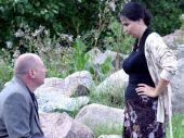 Podczas jednego z dochodzeń Gebels (Andrzej Grabowski) poznaje Rosjankę Galę. Oboje mają się ku sobie (fot