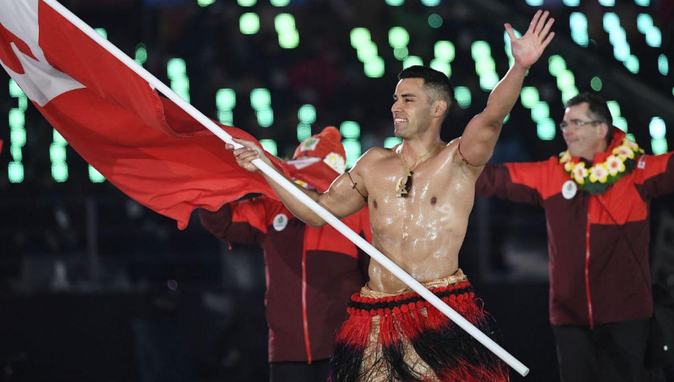 Pita Taufatofua z Tonga podczas ceremonii otwarcia (fot. PAP/EPA/FILIP SINGER)