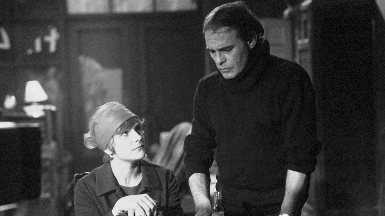 """W swojej karierze zagrała u wybitnych reżyserów i ze wspaniałymi aktorami; z Romanem Wilhelmim w """"Lękach porannych"""" Grochowiaka w reż. Tomasza Zygadły (fot. TVP)"""