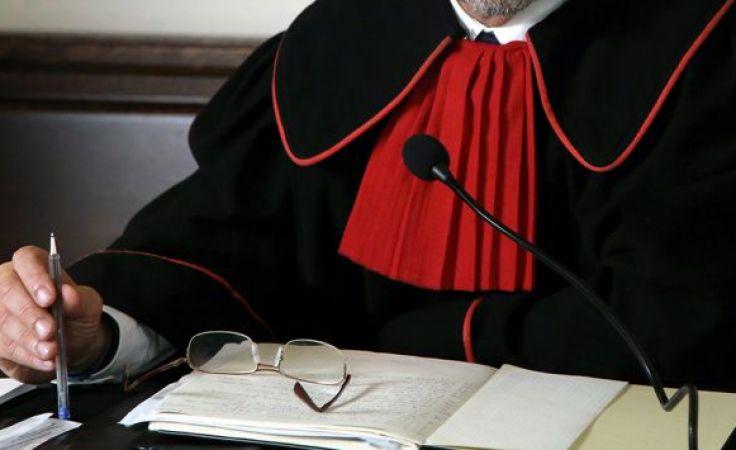 Z procederem nielegalnego przejmowania pożydowskich kamienic krakowska prokuratura zetknęła się pod koniec lat 90. XX w.