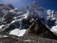 Cztery ciała znaleziono w obozie na Mount Evereście