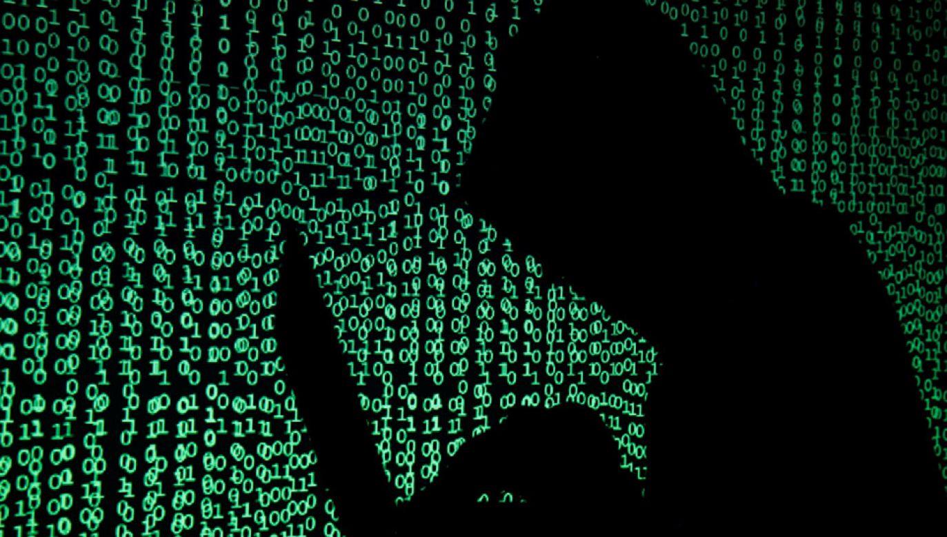 Moskwa miała uzyskać dostęp do kodów w trakcie procesu certyfikowania systemu dla sektora państwowego (fot. REUTERS/Kacper Pempel/Illustration)
