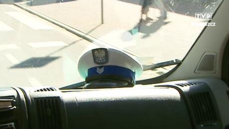 Policjanci z drogówki ukarali kierowcę mandatem, punktami karnymi i zadbali mu prawo jazdy