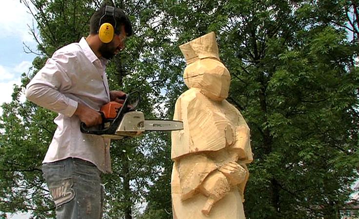 W Korczynie zakończył się międzynarodowy plener rzeźbiarski