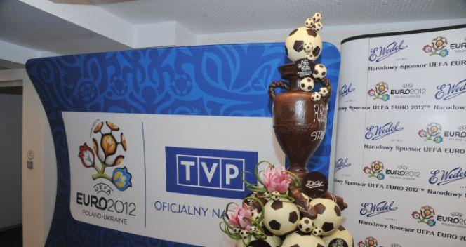 Efektowny puchar wykonany został z czekolady (fot. TVP/Ireneusz Sobieszczuk)