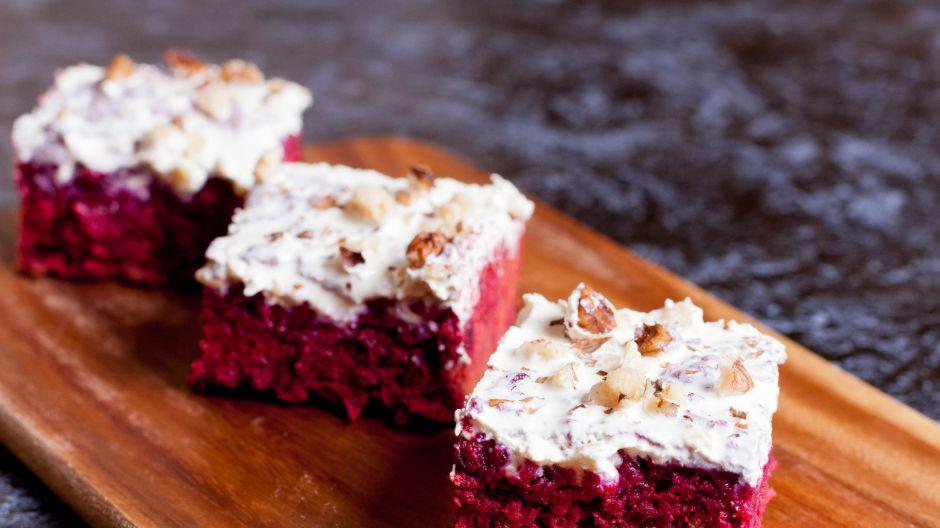 Ciasto z buraków? Czemu nie – to prawdziwa uczta dla kubków smakowych! (fot. Shutterstock)