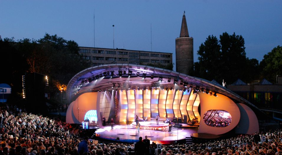 2004 (fot. I. Sobieszczuk/ TVP)
