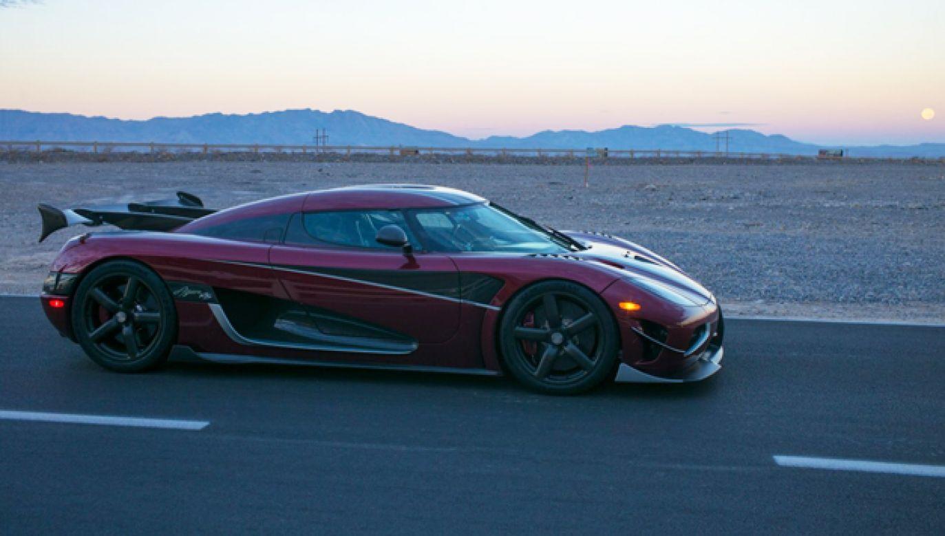 Do bicia rekordu wykorzystano auto Koenigsegg Agera RS z silnikiem o mocy aż 1360 KM (fot. mat.pras.)