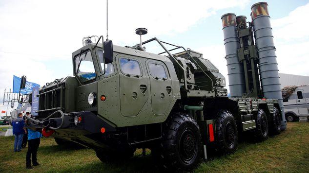 Systemy rakietowe S-400 w Turcji niepokoją Pentagon (fot. Sefa Karacan/Anadolu Agency/Getty Images)