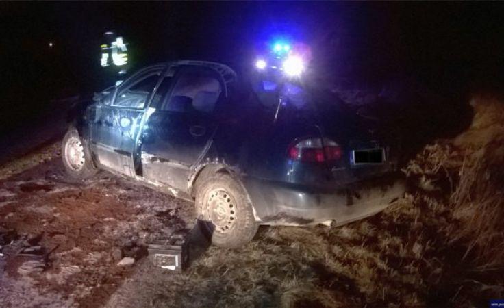Nieodpowiedzialnych kierowców nie brakuje (fot. KWP Olsztyn)