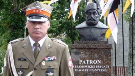 Płk Jan Rydz, pożegnał się z jednostką, którą dowodził ostatnie 5 lat (fot. 9bkpanc.wp.mil.pl)