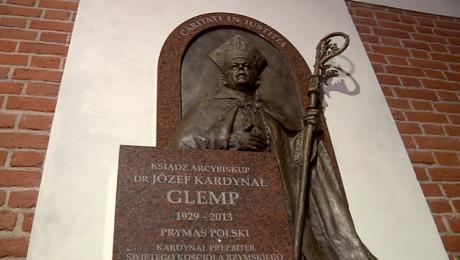 Pamięci Józefa Glempa. Poświęcono epitafium dedykowane kardynałowi