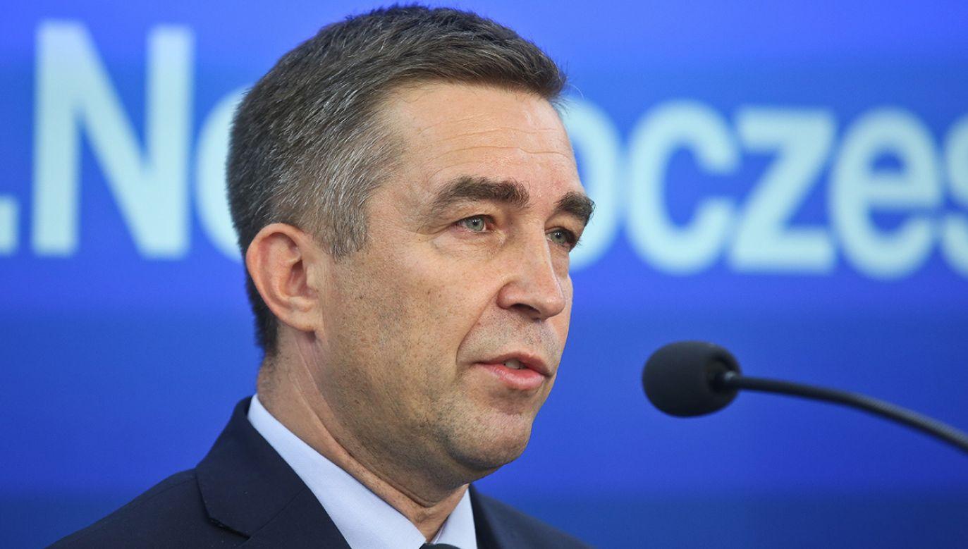W wyniku decyzji Zbigniewa Gryglasa klub PiS będzie liczył 236 posłów (fot. arch.PAP/Rafał Guz)