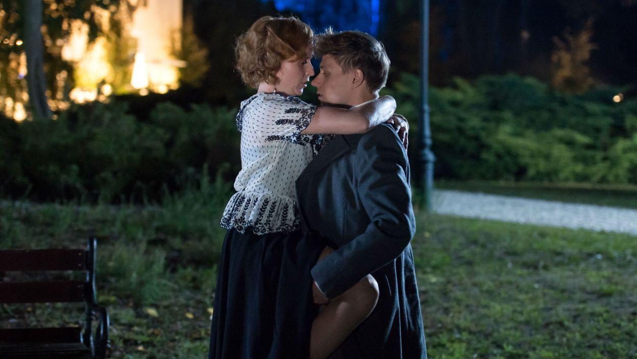 Torup postanawia wyznać swoje uczucia wobec żony Doktora (fot. Jan Bogacz/TVP)