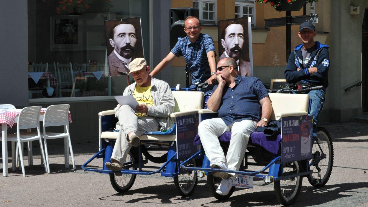 Jedną z imprez podczas tegorocznego festiwalu było czytanie fragmentów prozy Josepha Conrada (fot. N. Młudzik/TVP)
