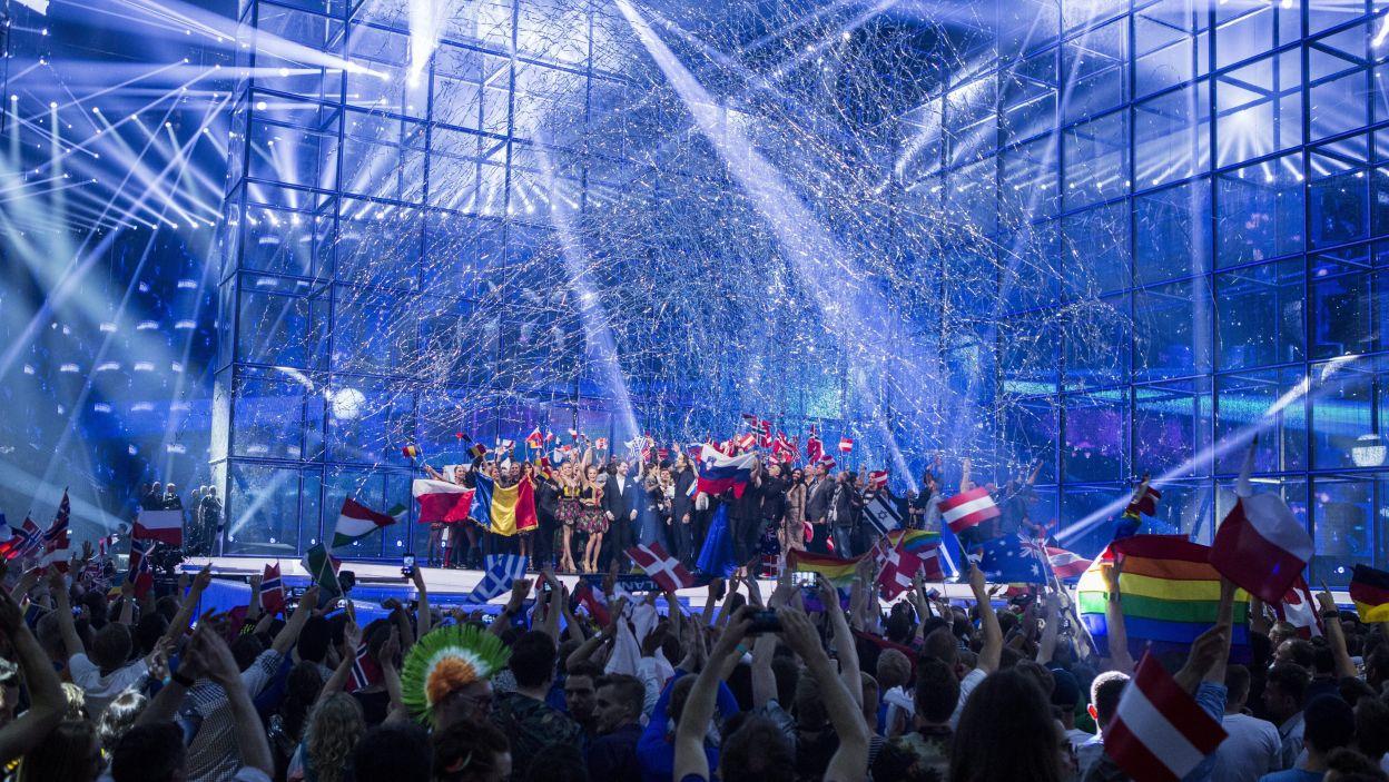 Wszyscy finaliści na scenie (fot. PAP/EPA)