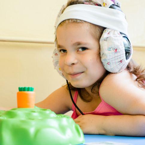 Audisin Maxi Ear Sound – Opinie, cena, jak to działa, recenzje, doświadczenia, skład, dawkowanie, efekty uboczne, gdzie kupić