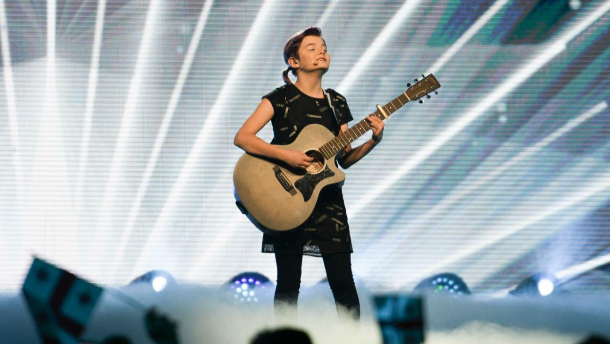 Irlandia wystawiła do rywalizacji Muireann – dzieczynę z gitarą (fot. Getty Images)