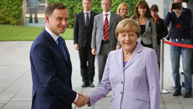 Duda: będę miał stały kontakt z kanclerz Merkel