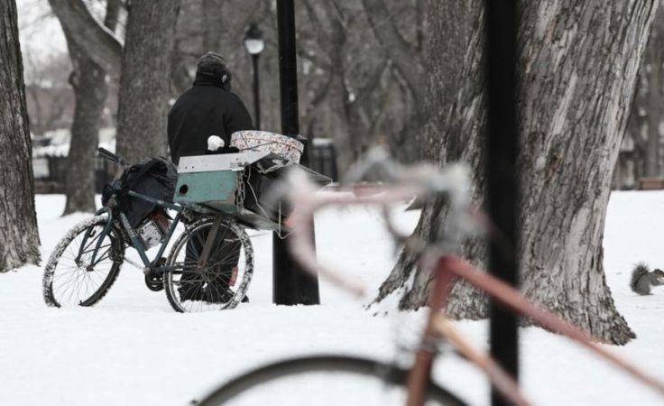 Zima, trudny czas dla osób bezdomnych