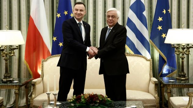 Prezydent Andrzej Duda rozmawiał z prezydentem Grecji Prokopisem Pawlopulosem (fot. PAP/EPA/YANNIS KOLESIDIS)