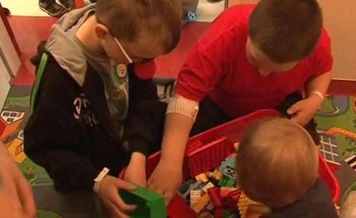 Kolorowy kącik do zabawy dla dzieci otwarto we włocławskim szpitalu