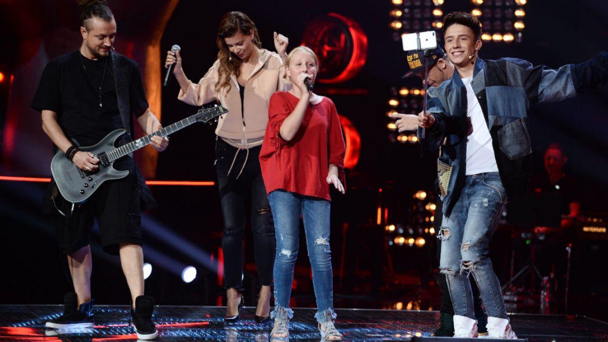 Takiej imprezy dawno nie było na scenie The Voice Kids! Jak 11-letniej Kalinie udało się podnieść z foteli naszych Trenerów? (fot. I. Sobieszczuk/TVP)