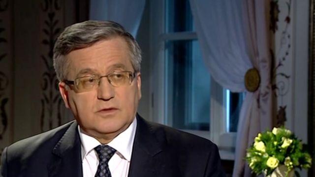 Bronisław Komorowski: wara politykom od wtrącania się w pracę sądów