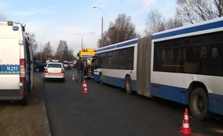 9 osób rannych w wypadku z udziałem autobusu