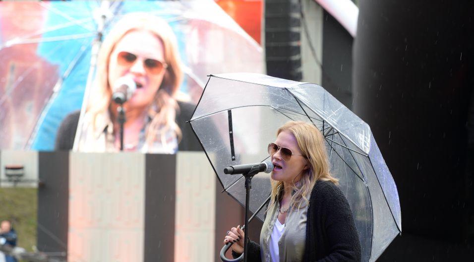 """Urszula zagrała kiedyś w filmie """"Och, Karol"""", wtedy także zaśpiewała przebój """"Baw mnie"""" (fot. Jan Bogacz)"""