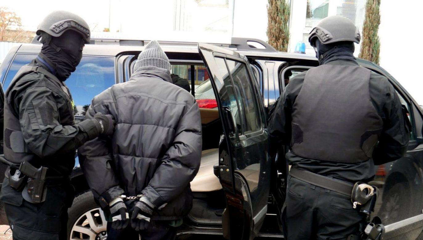 Śledztwo prowadzone jest pod nadzorem Prokuratury Okręgowej w Jeleniej Górze (fot. cba.gov.pl)