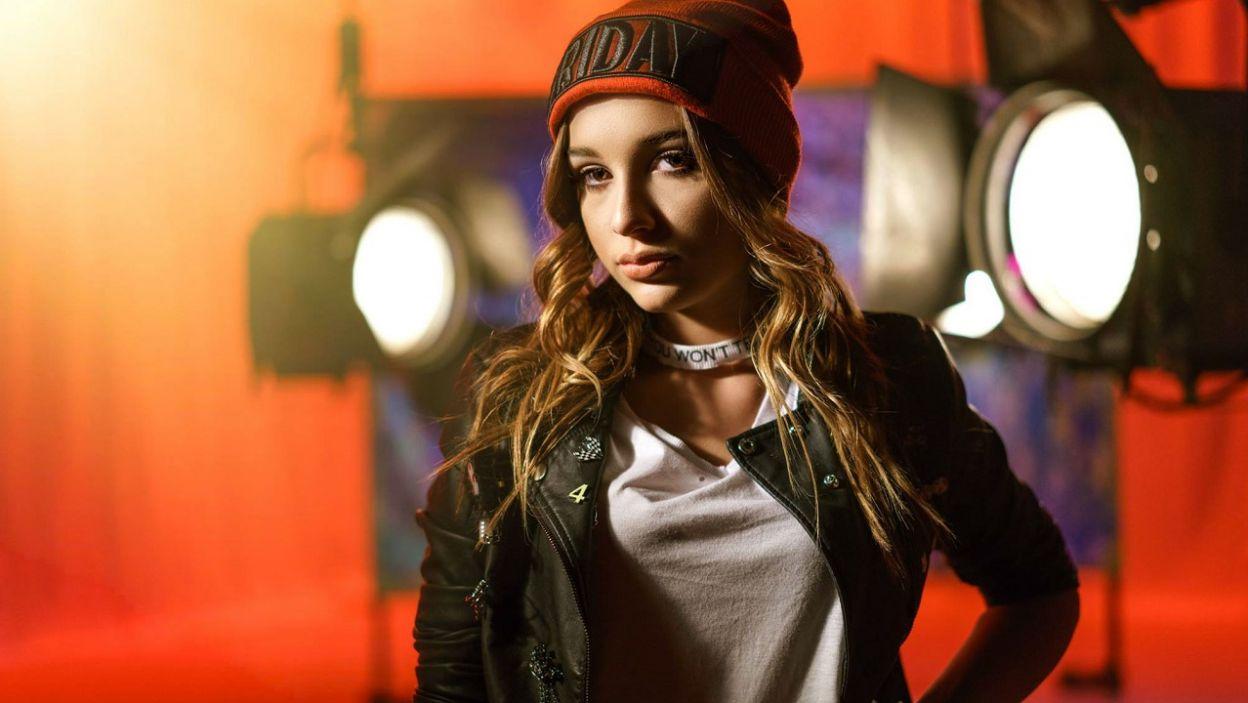 """Mina Blazev z Macedonii zaprasza do tańca. Wykona utwór """"Dancing through life"""" (Fot. Facebook/Junior Eurovision Song Contest)"""