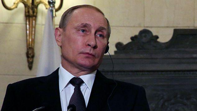 Prezydent Władimir Putin podczas konferencji prasowej  (fot. PAP/EPA/ORESTIS PANAGIOTOU/POOL)