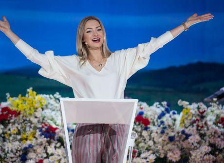"""Kocham Cię, Polsko!"": Blondyni kontra Brunetki!"