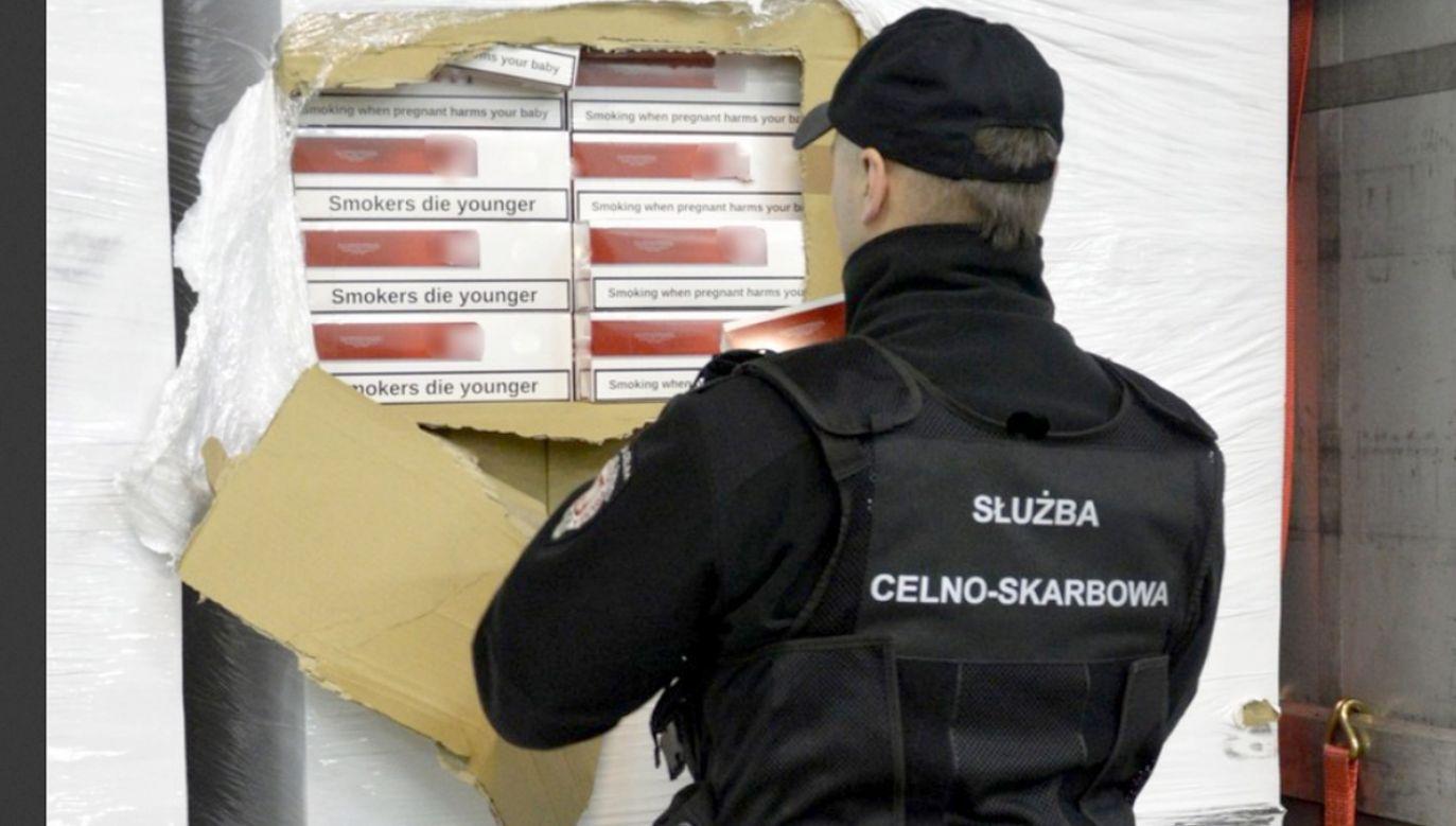 Była to w tym roku największa próba przemytu papierosów udaremniona przez celników  w Podlaskiem (fot. Podlaska KAS)