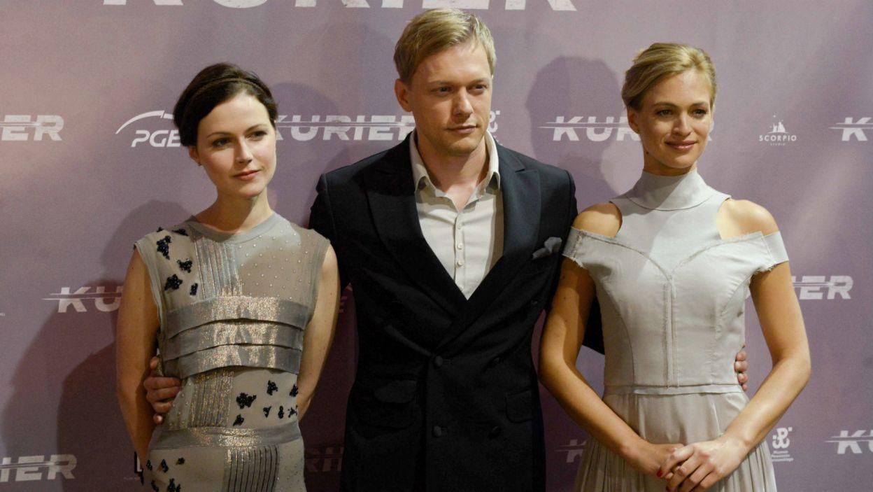 Patrycja Volny, Philippe Tłokiński, Julia Engelbrecht wcielą się w głównych bohaterów (PAP/Jakub Kamiński)
