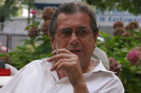 Benek (Janusz Gajos)