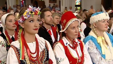 Kolejny dzień Polonijnego Festiwalu Folklorystycznego