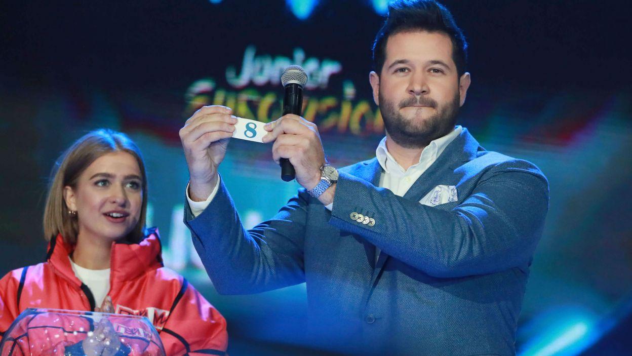 Reprezentant gospodarzy, Daniel Jastremski, wystąpi z numerem 8  (fot. Andres Putting/Eurovision)