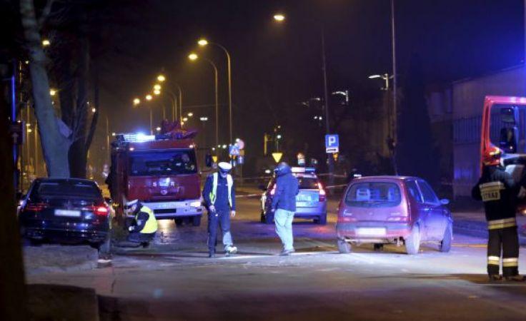 Do wypadku doszło na jednej z ulic Oświęcimia (fot. PAP/Andrzej Grygiel)