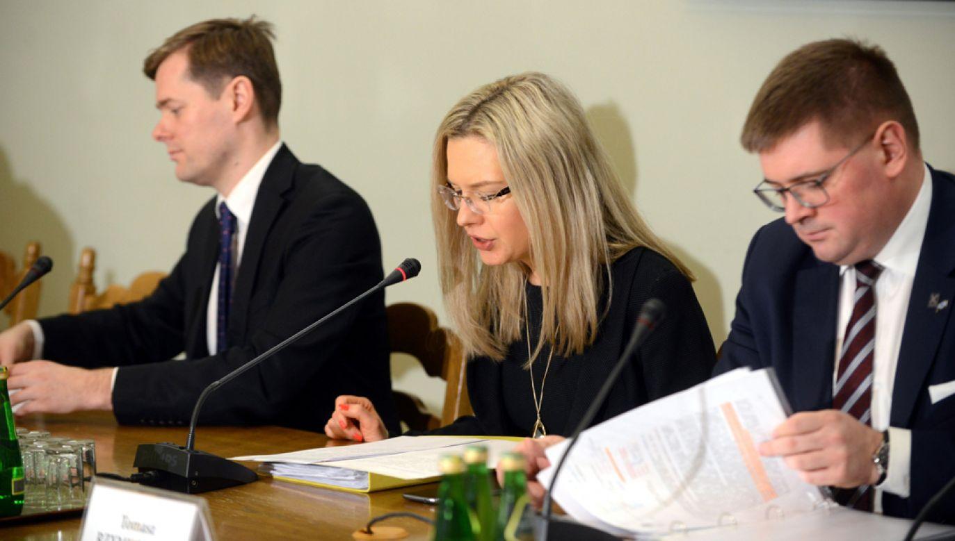 Sejmowa komisja śledcza ds. Amber Gold (fot. PAP/Jakub Kamiński)