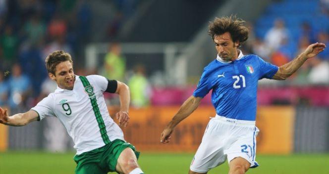 Wygraną potyczkę z Irlandią Pirlo zakończył z kolejną asystą na koncie (fot. Getty Images)
