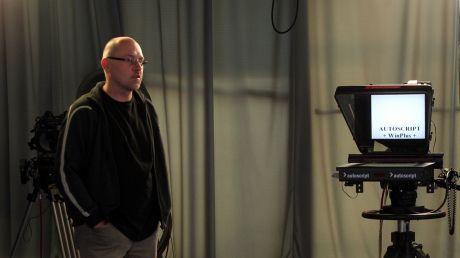 Paweł Kudroń w studiu TVP w Krakowie